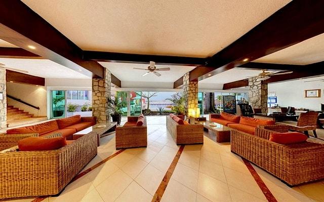 El Cid La Ceiba Beach Hotel, atención personalizada desde el inicio de tu estancia