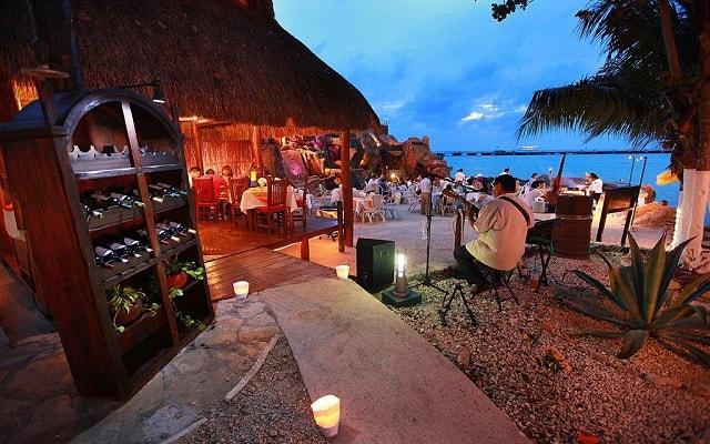 El Cid La Ceiba Beach Hotel, noches inolvidables