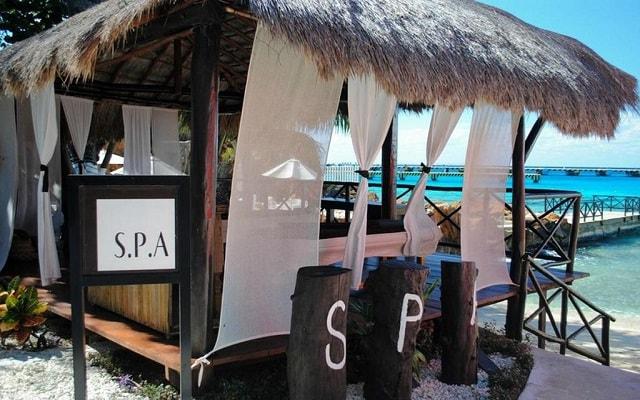 El Cid La Ceiba Beach Hotel, permite que te consientan con un masaje