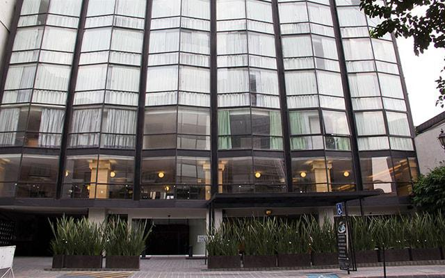 El Ejecutivo by Reforma Avenue en Reforma