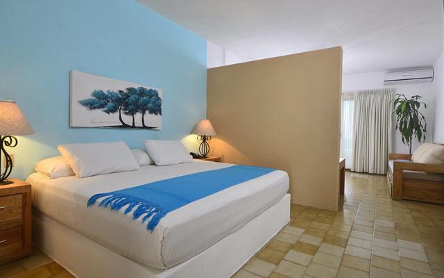Emperador Vallarta Beachfront Hotel & Suites, espacios diseñados para tu descanso