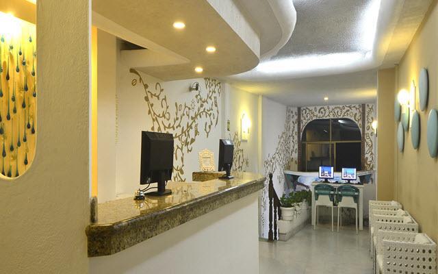 Emperador Vallarta Beachfront Hotel & Suites, atención personalizada desde el inicio de tu estancia
