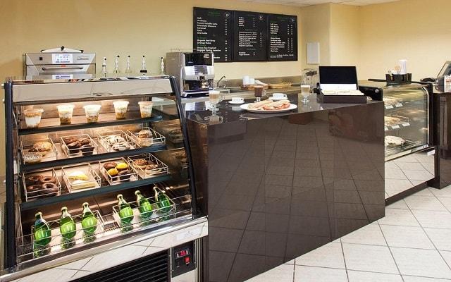 Emporio Hotel & Suites Cancún, prueba un rico café del Coffe Shop