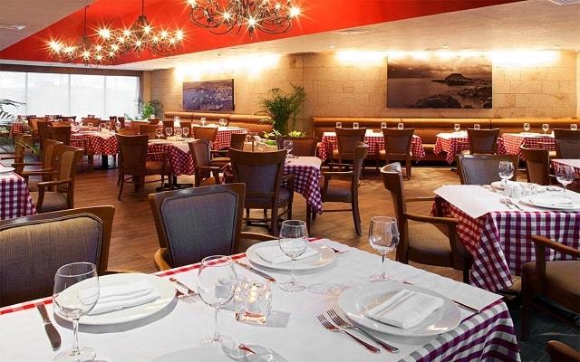 Emporio Hotel & Suites Cancún, Restaurante Bácoli
