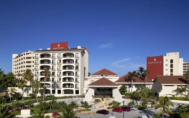 Emporio Hotel & Suites Cancún, buena ubicación