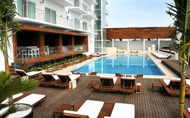 Hotel Emporio Veracruz, disfruta de su alberca al aire libre
