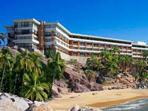 Faro Mazatlán Beach Resort en Zona Dorada
