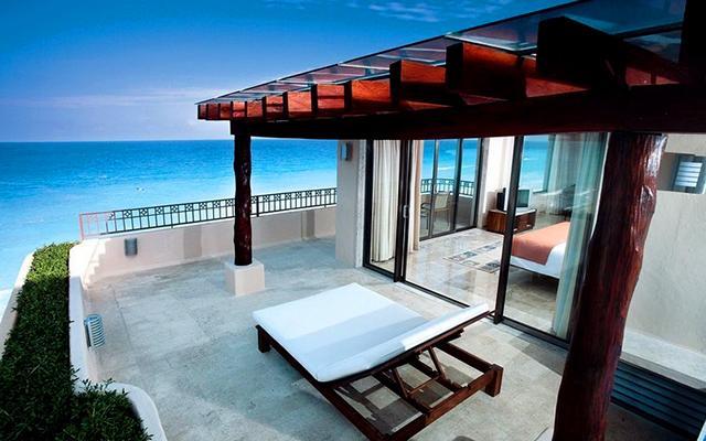 Terrazas para relajarte con la vista del mar.