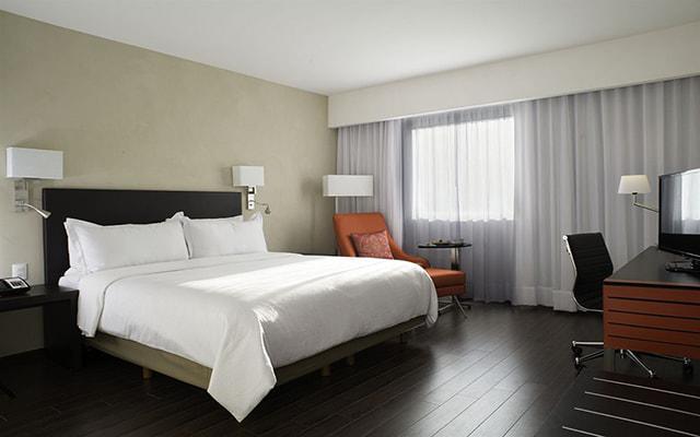 Fiesta Inn Centro Histórico, habitaciones cómodas y acogedoras