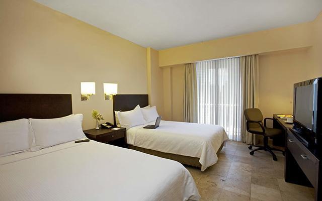 Fiesta Inn Coatzacoalcos, habitaciones bien equipadas