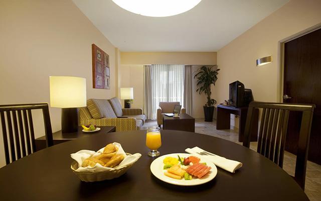 Fiesta Inn Coatzacoalcos, ambientes de gran confort