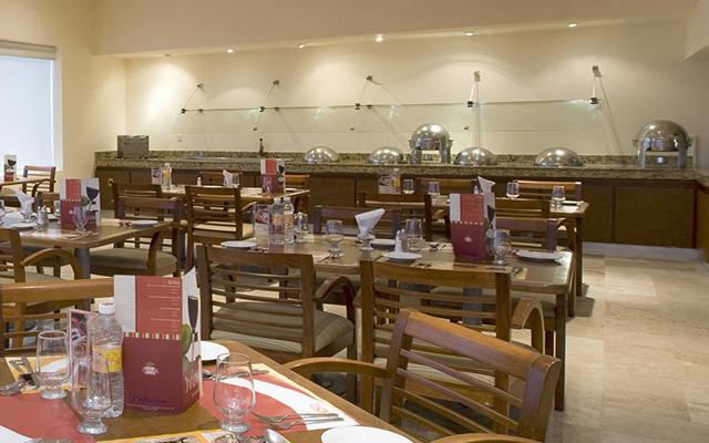 Fiesta Inn Coatzacoalcos, escenario ideal para tus alimentos