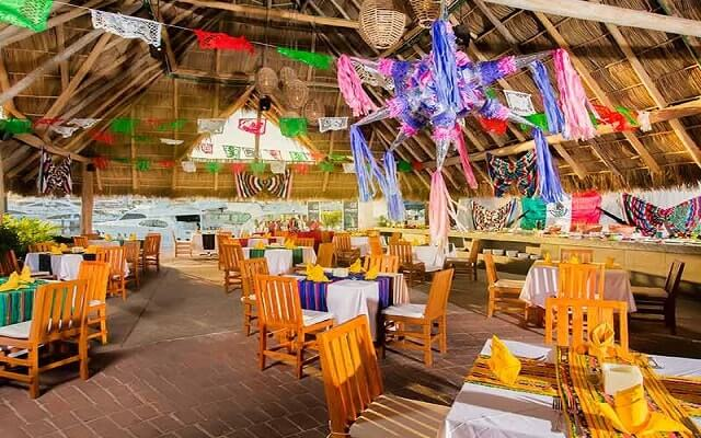Flamingo Vallarta Hotel y Marina, escenario ideal para tus alimentos
