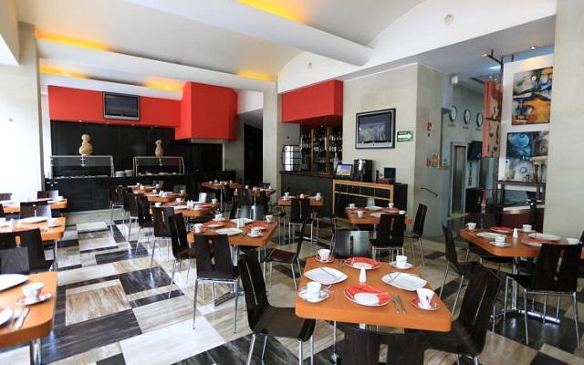 El restaurante Sarabela te ofrece un menú de comida internacional