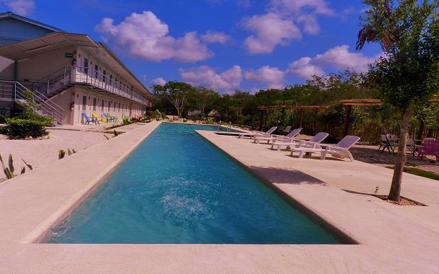 El club de playa se encuentra a 7 minutos y ofrece descuentos especiales para los huéspedes