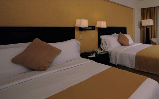Gamma de Fiesta Inn Campeche Malecon, habitaciones cómodas y acogedoras