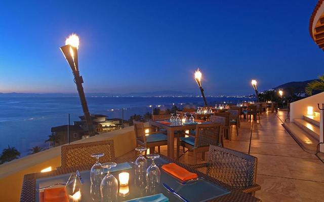 Garza Blanca Family Beach Resort and Spa, tus alimentos en escenarios únicos