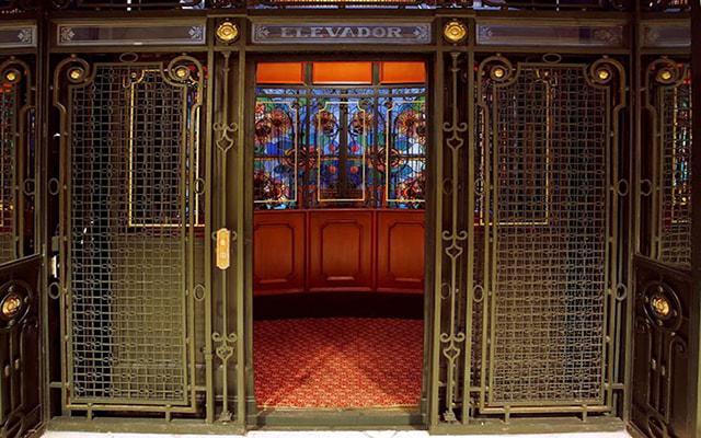Gran Hotel Ciudad de México, hermosos elevadores del siglo XIX