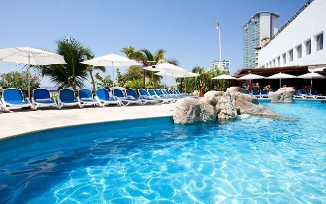 Gran Plaza Hotel Acapulco, disfruta de la alberca al aire libre