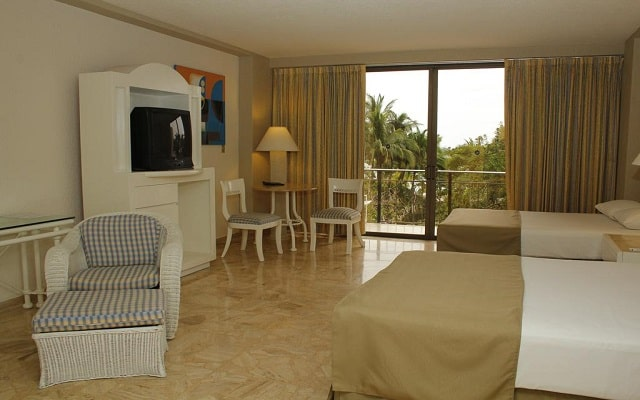 Grand Hotel Acapulco and Convention Center, habitaciones con todas las amenidades