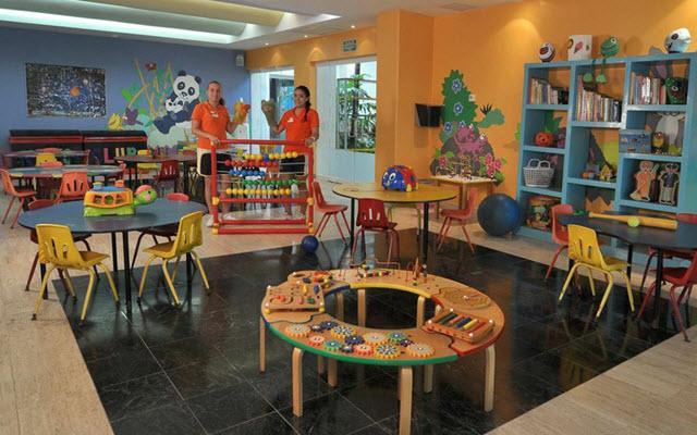 Kids Club con múltiples actividades infantiles