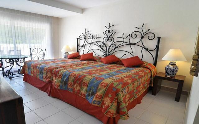 Habitación Estándar con cama king size o dos camas matrimoniales