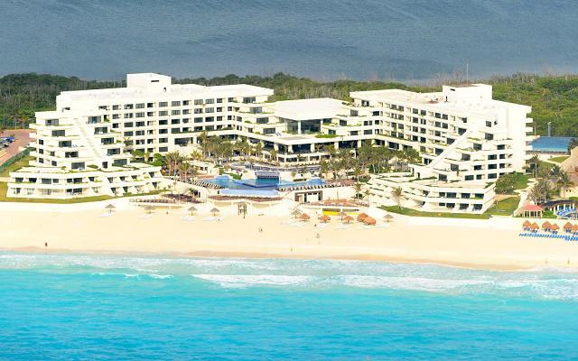 Hotel Grand Oasis Sens