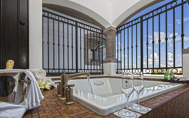 Grand Residences Riviera Cancun Resort, amenidades de primera clase