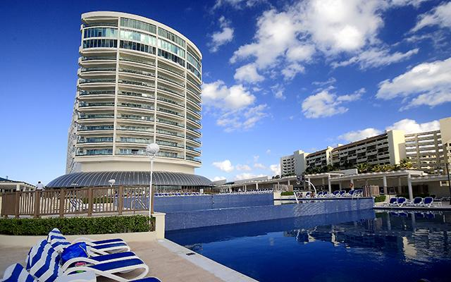 Vuelo y Hotel Great Parnassus Resort MTY-CUN-MTY