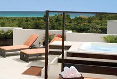 Habitación Honeymoon Sky Suite del Hotel Azul Fives Hotel by Karisma