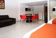 Habitación Suite con Cocineta del Hotel Bahia Escondida Hotel Convention Center and Resort