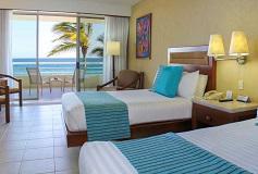 Habitación Superior Frente al Mar Club Premium del Hotel Barceló Grand Faro Los Cabos