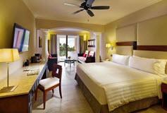 Habitación Junior Suite Ocean Front Club Premium Level del Hotel Hotel Barceló Maya Beach