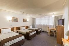 Habitación Triple del Hotel Hotel Estoril