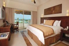 Habitación Deluxe Ocean View del Hotel Hotel Blue Bay Grand Esmeralda