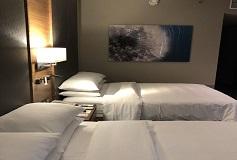 Habitación 2 Camas Matrimoniales con Baño para Discapacitados del Hotel DoubleTree by Hilton Hotel Mexico City Santa Fe