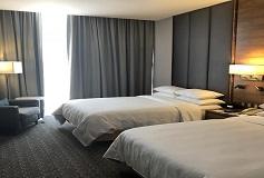 Habitación Ejecutiva Dos Camas Matrimoniales del Hotel DoubleTree by Hilton Hotel Mexico City Santa Fe