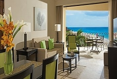 Habitación Club Preffered Luxury Suite Vista al Mar Doble del Hotel Dreams Los Cabos Suites Golf Resort and Spa