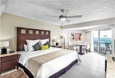Habitación Deluxe Ocean Front Prestige del Hotel El Cid La Ceiba Beach Hotel