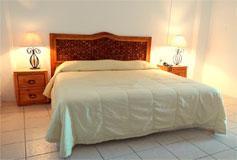 Habitación Suite Vista al Mar No Reembolsable Cocineta + WiFi del Hotel Emperador Vallarta Beachfront Hotel & Suites