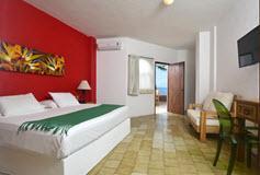 Habitación Suite con Cocineta Vista al Mar + WiFi Gratis del Hotel Emperador Vallarta Beachfront Hotel & Suites