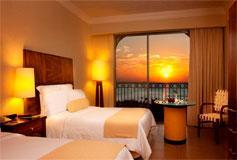 Habitación Deluxe Vista Laguna del Hotel Fiesta Americana Condesa Cancun