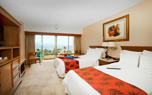 Habitación Habitación Superior Doble Vista Parcial al Mar del Hotel Hotel Fiesta Americana Puerto Vallarta All Inclusive & Spa