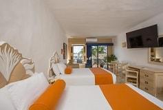 Habitación Estándar con Balcón + Wifi Gratis Todo Incluido del Hotel Flamingo Vallarta Hotel y Marina