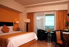 Habitación Superio King Vista al Mar del Hotel Gamma de Fiesta Inn Campeche Malecon