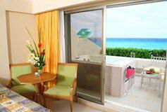 Habitación Deluxe Vista al Mar con Jacuzzi del Hotel Hotel GR Solaris Cancún