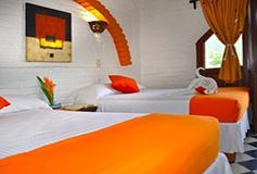Habitación Estándar Cuádruple con Cocineta y Aire WiFi Gratis del Hotel Hacienda de Vallarta Centro
