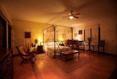 Habitación Suite con Jacuzzi del Hotel Hacienda La Magdalena