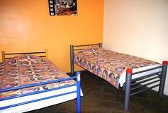 Habitación Twin con Baño Compartido del Hotel Hostal Amigo