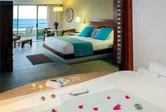Habitación Junior Suite Premium Level Frente a la Playa del Hotel Hotel Barceló Gran Faro Los Cabos